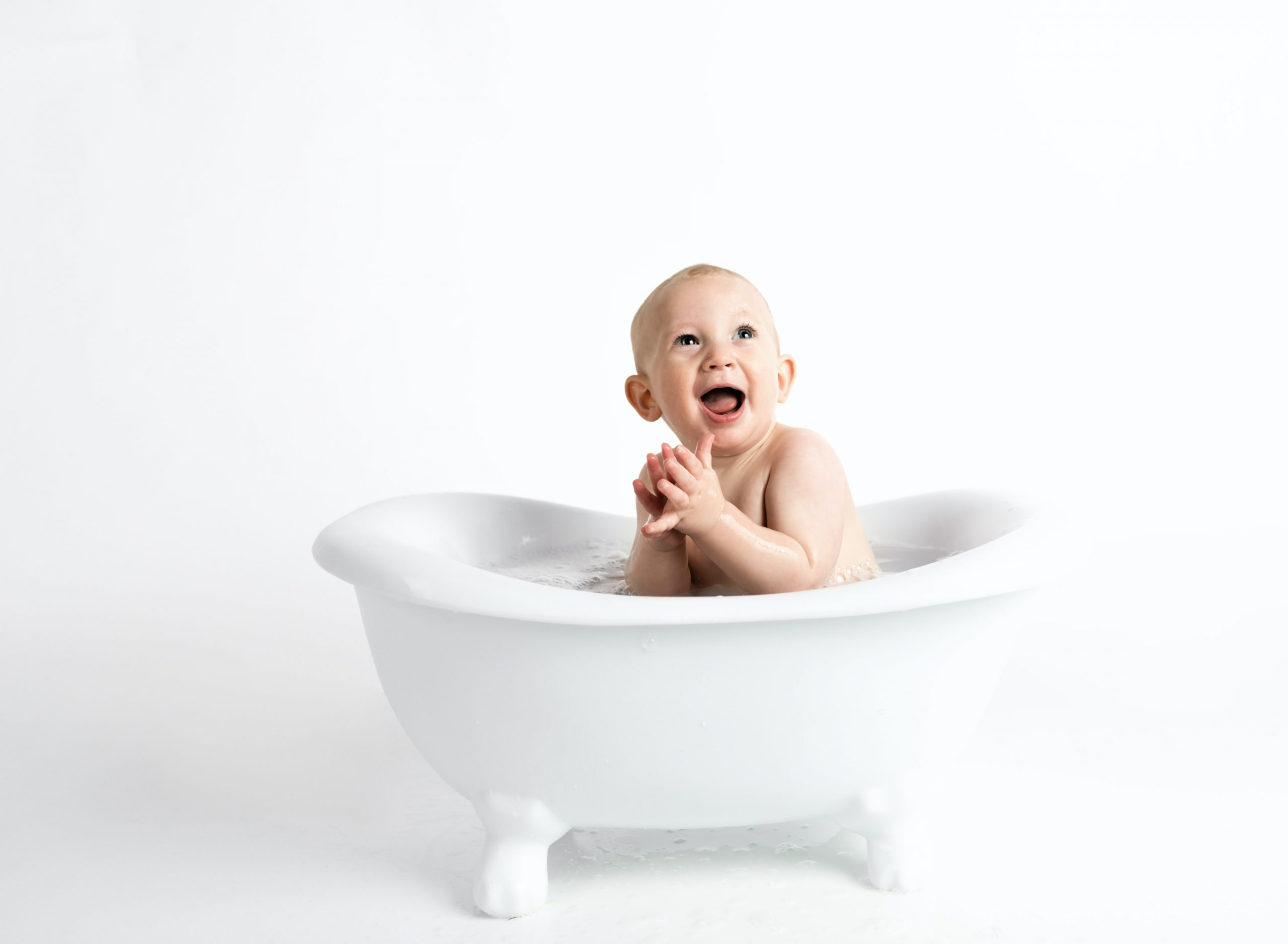 How To Take A Bath With A Newborn Baby